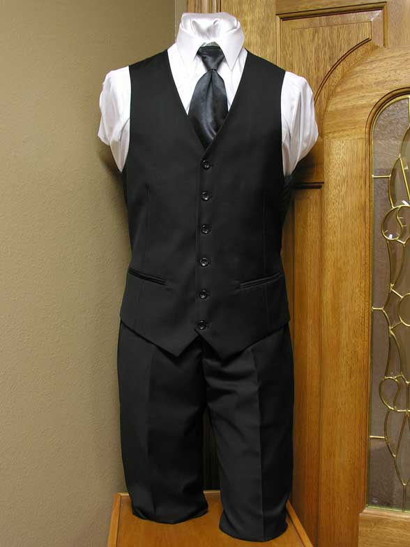 Black Demantie 2 Button 3 peice suit jacket, pant, vest combination